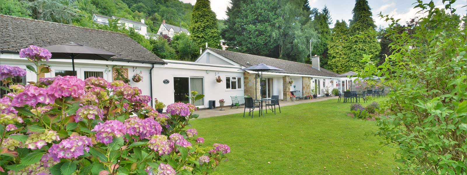 Self catering holiday accommodation in the Wye Valley at Paddocks Cottages